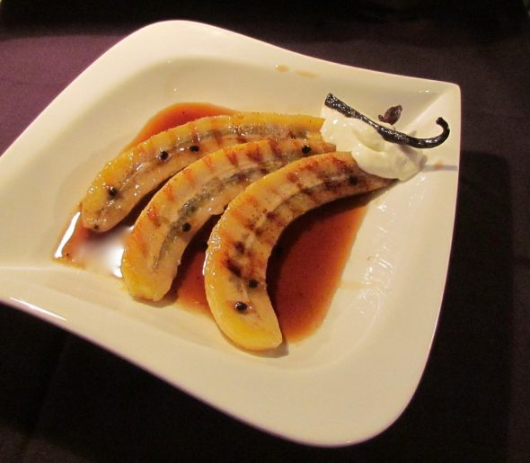 Grilled-Banana-and-Passion-Fruit-Sauce-3
