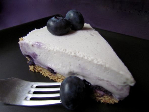 White-Chocolate-Blueberry-Cheesecake-2