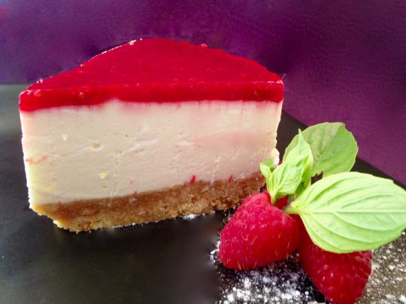 Passionfruit-Raspberry-Cheesecake-6