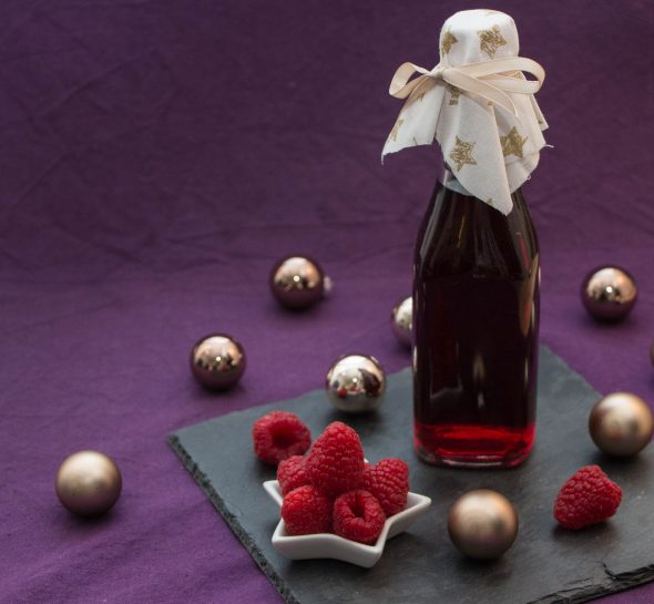 raspberry-infused-balsamic-vinegar