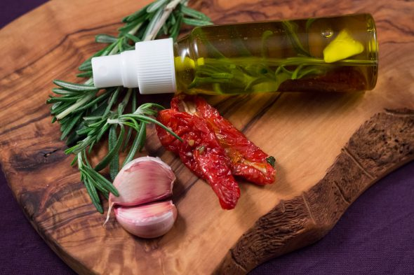 rosemary-tomato-garlic-oil