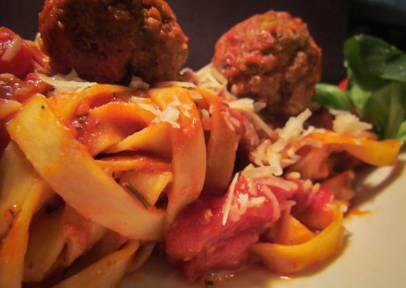 meatballs-and-pasta-3