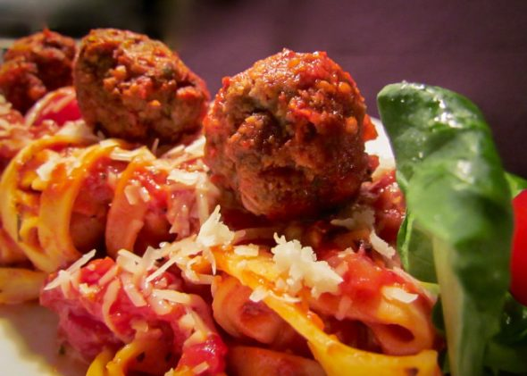 meatballs-and-pasta-4