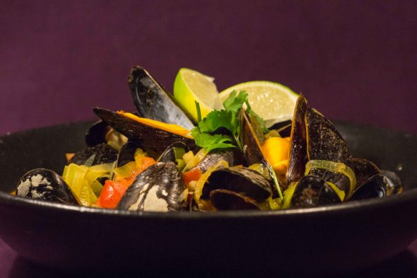red-curry-mussels-2
