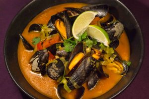 red-curry-mussels-3