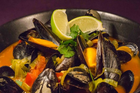 red-curry-mussels-4