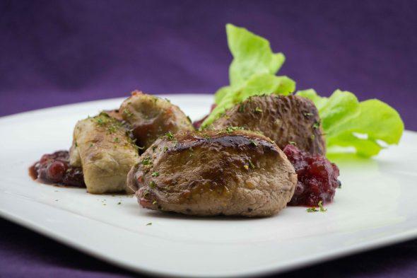 venison-filet-chestnut-gnocchi-cowberry-sauce-3