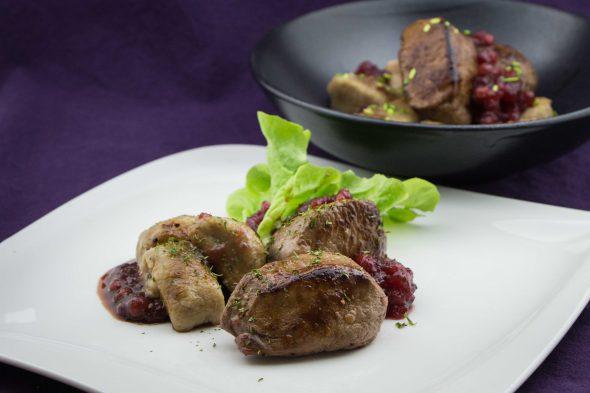 venison-filet-chestnut-gnocchi-cowberry-sauce-4
