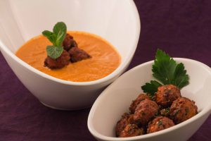 roasted-tomato-and-garlic-soup-and-crispy-tomato-balls-4