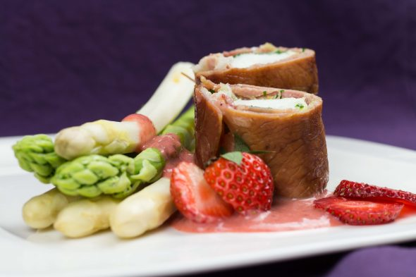 Parma-Ham-Monkfish-Asparagus-Strawberry-Vinaigrette-3