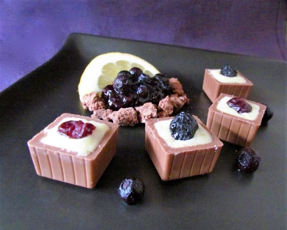 Blueberry-Yoghurt Chocolates 2