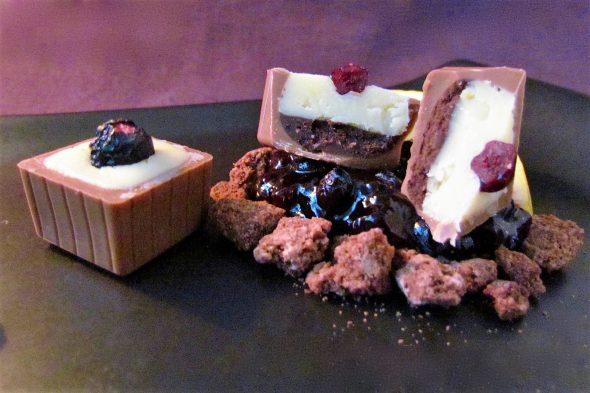 Blueberry-Yoghurt Chocolates 4