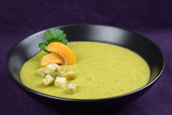 Zucchini-Almond-Apricot-Soup-3