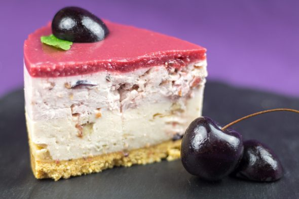 Black-Cherry-Banana-Maple-Sirup-No-Bake-Cheesecake-4
