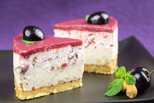 Black-Cherry-Banana-Maple-Sirup-No-Bake-Cheesecake-5