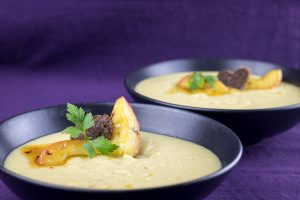Roasted-Parsnip-Caramelized-Apple-Soup-2