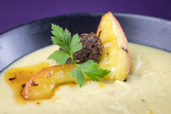 Roasted-Parsnip-Caramelized-Apple-Soup-3