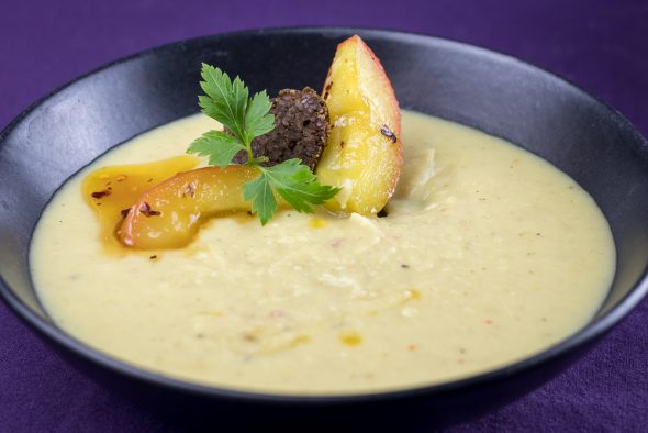 Roasted-Parsnip-Caramelized-Apple-Soup-4