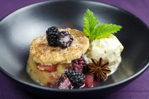 Blackberry-Pear-Compote-Vanilla-Icecream-Crumble-Cookies-3