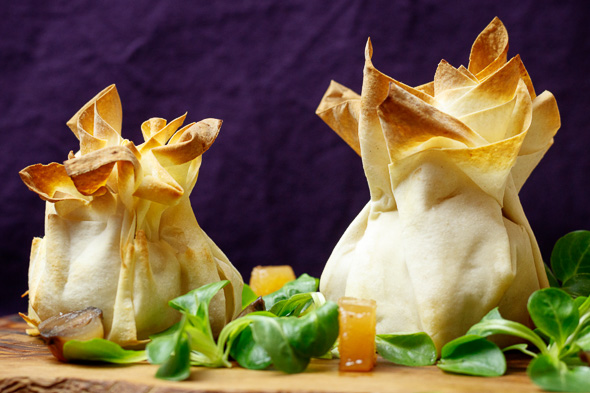 Madeira-Onion-Jam-Quince-Bread-Goat-Cheese-Parcels-5