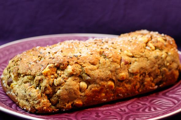 Glutenfree-Protein-Bread-Tomato-Goats-Cheese-Spread-2