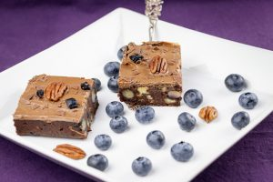 No-Bake-Blueberry-Chocolate-Brownie-3