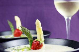 Green-White-Asparagus-Soup-2