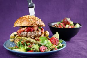 Asparagus-Burgers-Punchy-Strawberry-Relish-2