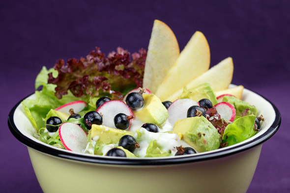 Avocado-Blackcurrant-Salad-1