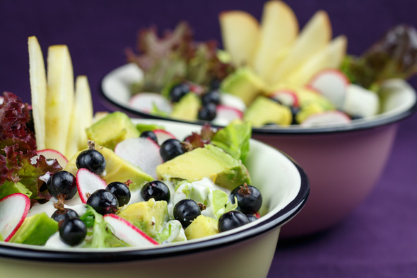 Avocado-Blackcurrant-Salad-3