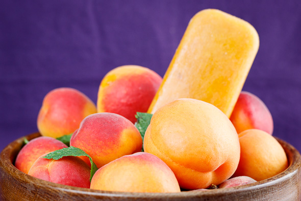 Apricot-Lavender-Ice-Lollies-3