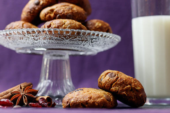 Gluten-Free-Cherry-Chocolate-Oatmeal-Cookies-3