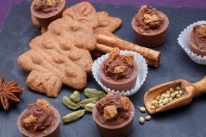 Salted-Butter-Caramel-Belgian-Spice-Cookie-Chocolates-3
