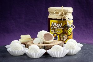 White-Chocolate-Honey-Truffles-2