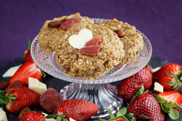 No-Bake-Strawberry-White-Chocolate-Cookies-1