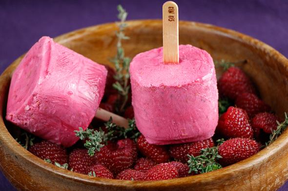 Raspberry-Thyme-Ice-Lollies-3