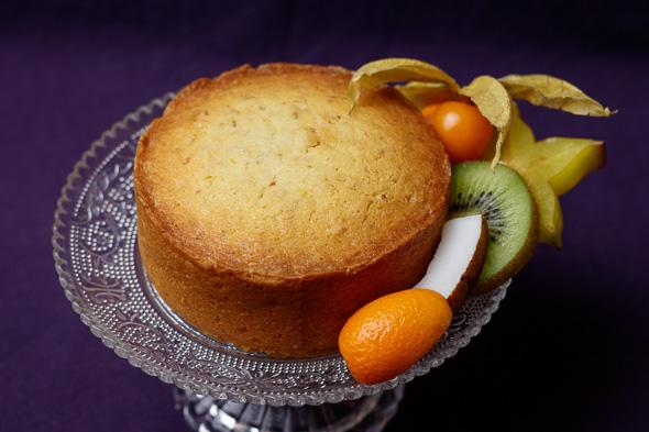 Yoghurt-Lime-Coconut-Sponge-Cake-2