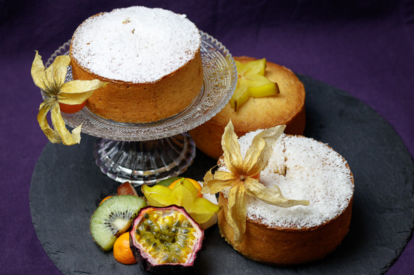 Yoghurt-Lime-Coconut-Sponge-Cake-3