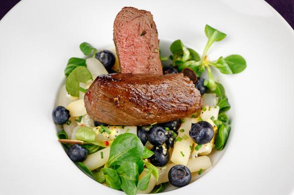 Venison-Steak-Black-Salsify-Blueberry-Salad-2