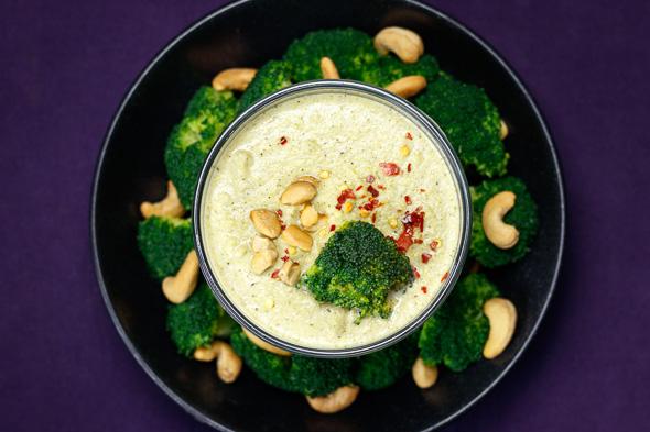 Lemony-Broccoli-Cashew-Soup-2