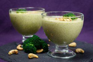 Lemony-Broccoli-Cashew-Soup-3
