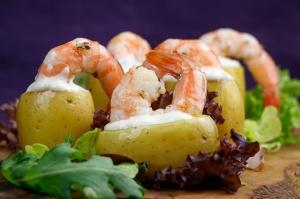 Lemon-Confit-Potatoes-Herby-Prawns-Garlic-Wasabi-Mayo-5