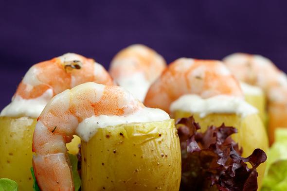 Lemon-Confit-Potatoes-Herby-Prawns-Garlic-Wasabi-Mayo-6