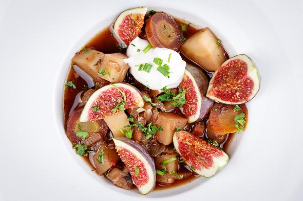 Hearty-Parsnip-Chestnut-Soup-Figs-1